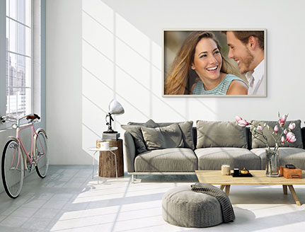 ling room poster couple